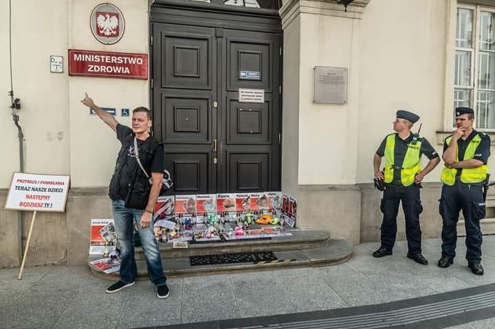 Erfolgreiche Juni-Demo in Warschau!